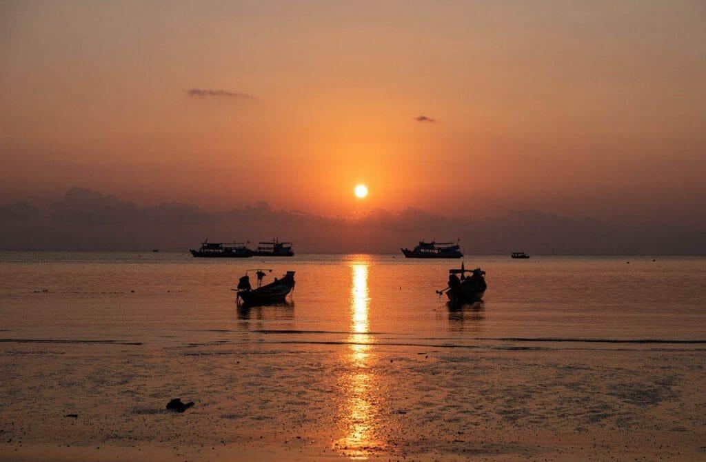 Sunset over Sairee beach, Koh Tao