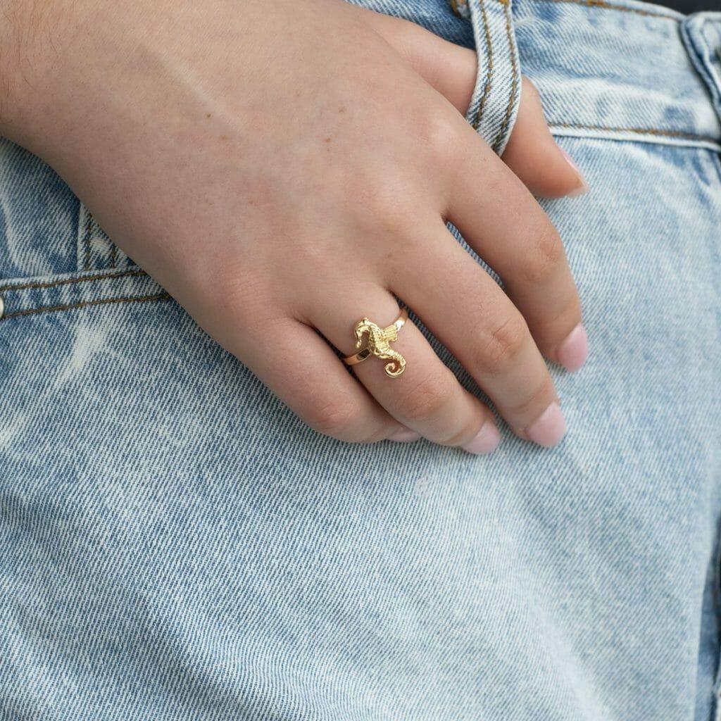 Castaway seahorse ring