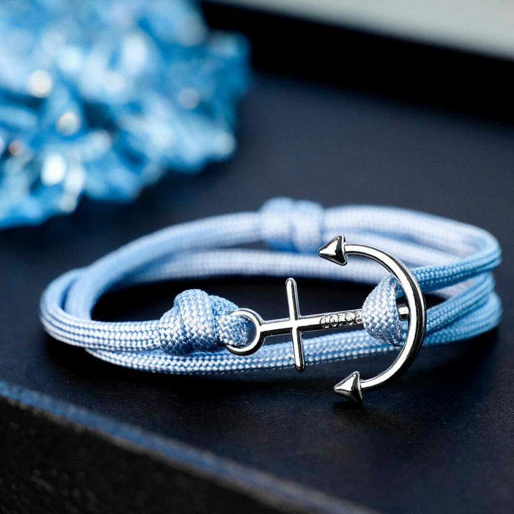 Dorsal bracelet with anchor