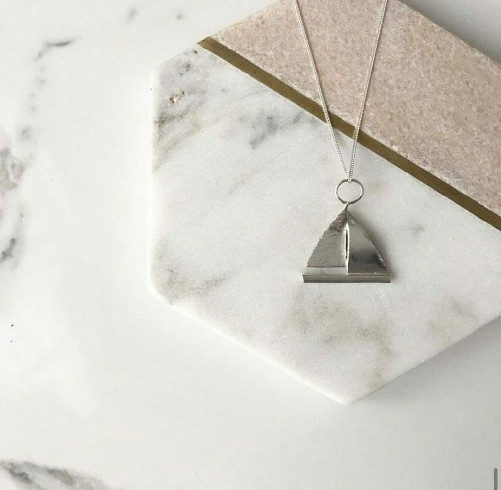 Silver boat necklace