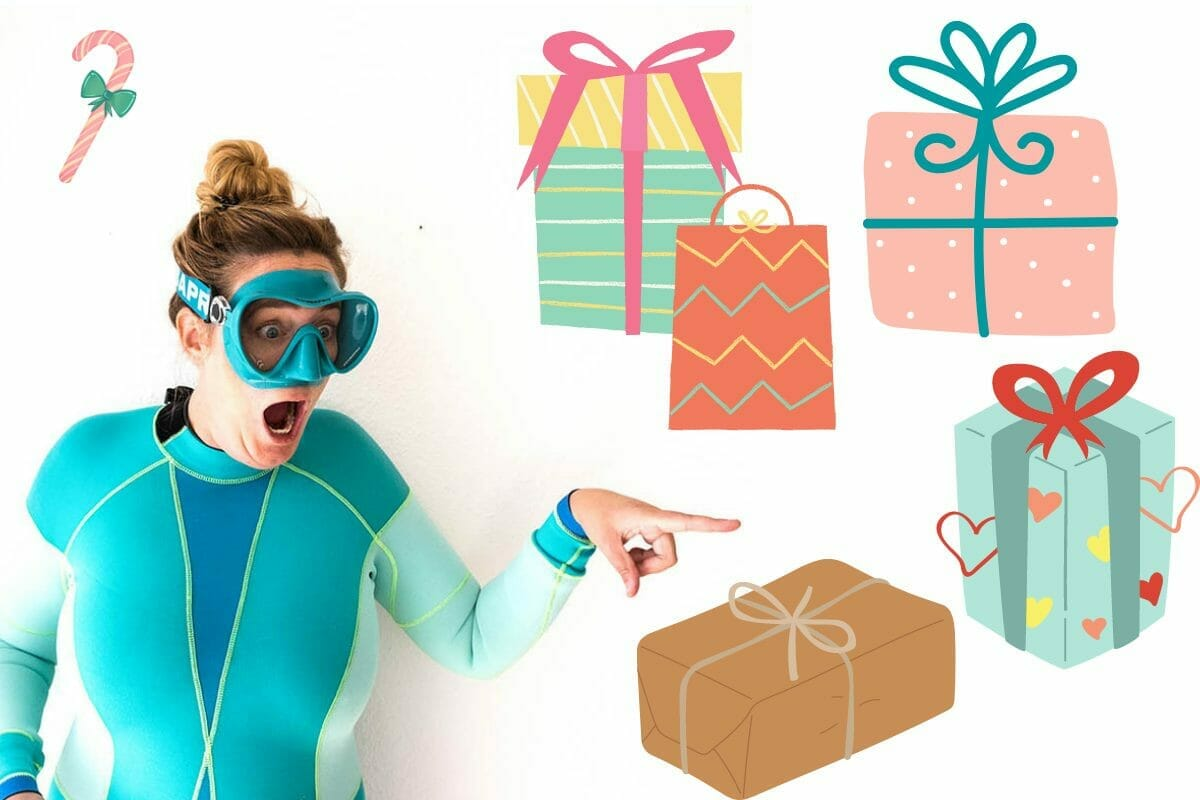 Graphic and photo with gifts for divers